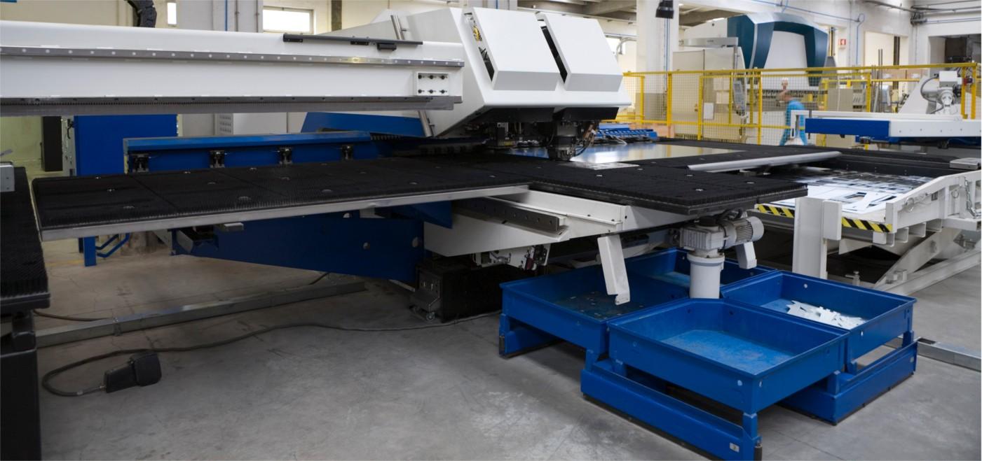 factory-floor-1400